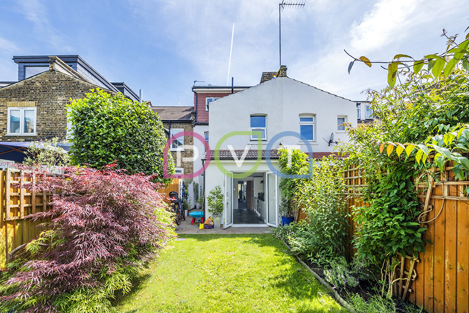 Selborne Road Property Photography   Estate Agent Photographer N14